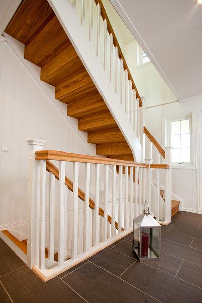 Renovera din trätrappa som en ny trappa | Trappspecialisterna