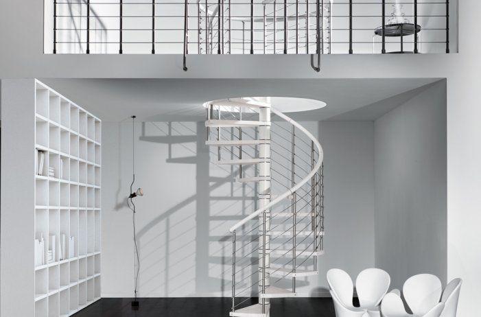 Bygg en inomhus spiraltrappa för ditt hus som matchar ditt interiör | Trappspecialisterna