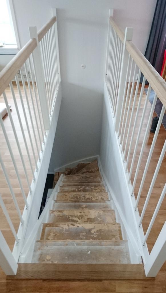Renovering inomhus trappa - före | Trappspecialisterna