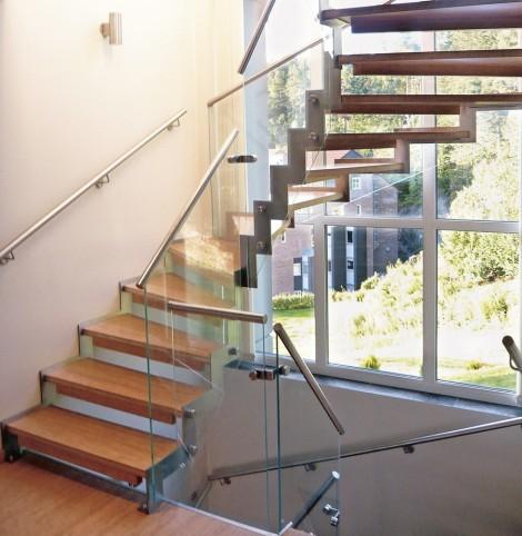 Bygg högkvalitativ ståltrappa för ditt hus | Trappspecialisterna