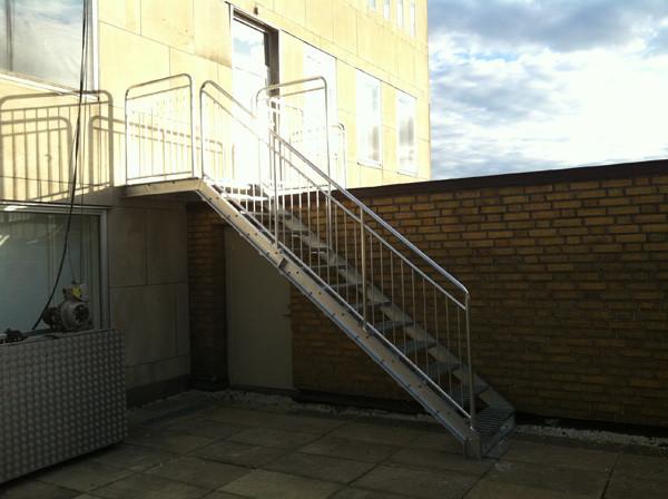 ståltrappa för kommersiella lokaler | Trappspecialisterna