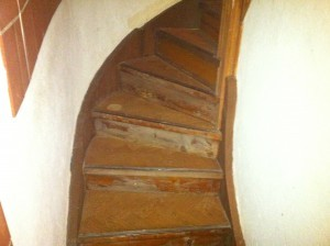 Renovera din trätrappa från professionell | Trappspecialisterna