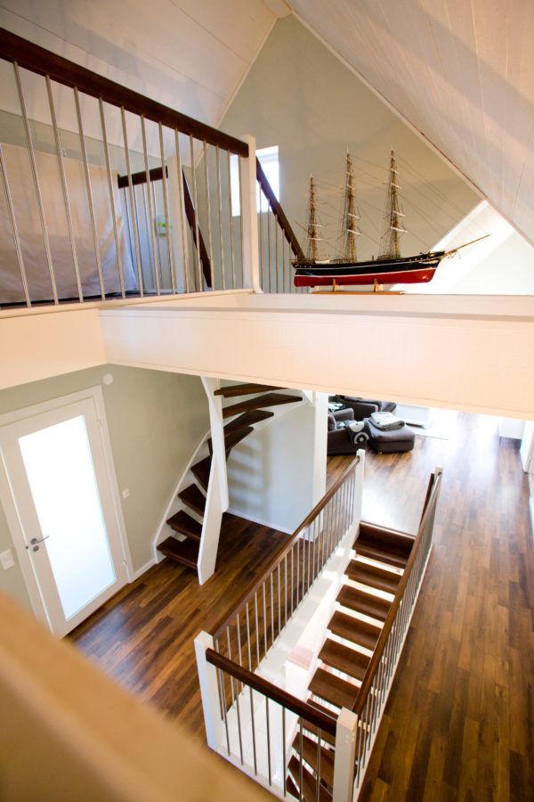 Bygga trätrappor genom att använda mycket minimalt utrymme | Trappspecialisterna