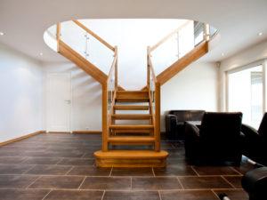 renovera trappa med trappsteg i ekglass | Trappspecialisterna