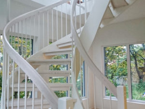 Bygga premium spiraltrappa för ditt hus | Trappspecialisterna